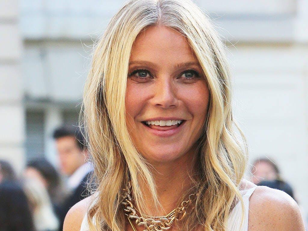 Gwyneth Paltrow consiglia vibratori e sex toys: «Contro la noia da quarantena coronavirus»