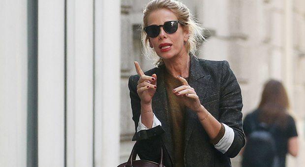 """Alessia Marcuzzi, shopping con le amiche: """"Bisogna sapersi fermare!"""""""