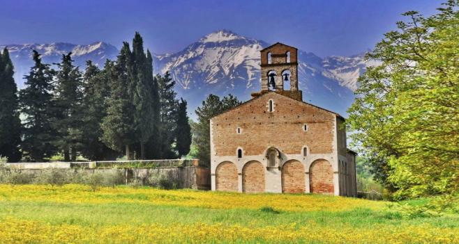 S.Maria di Ronzano che da lontano sembrava un falso...