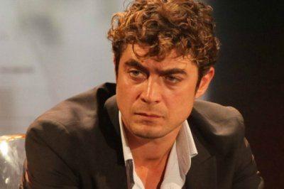Riccardo Scamarcio choc litiga con il pubblico