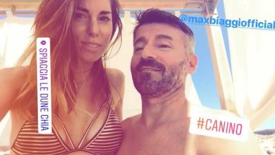 Bianca Atzei e Max Biaggi in vacanza in Sardegna
