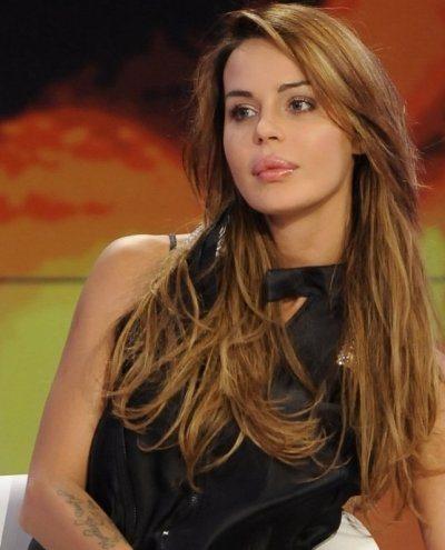 Nina Moric vorrebbe fare il sindaco a Torre Del Greco