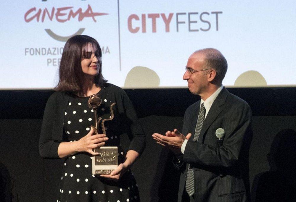 Monica Bellucci difende il regista Giuseppe Tornatore