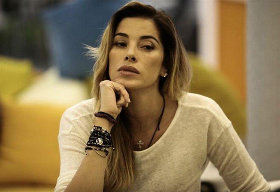 Geppy Lama tradisce Aida Yespica con Veridiana De Moraes