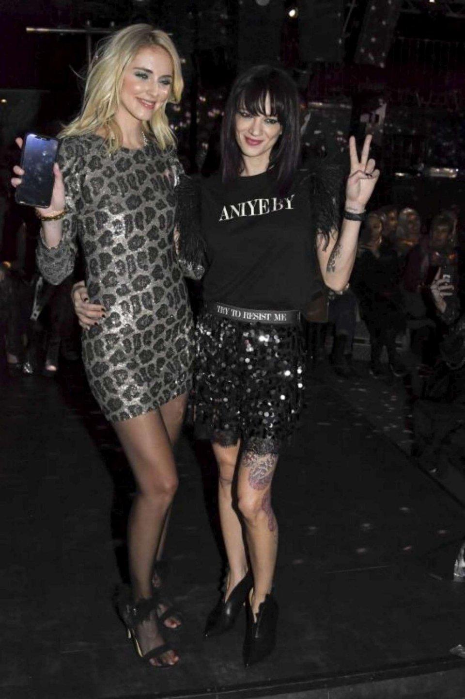 Asia Argento e Chiara Ferragni ecco il loro look alle sfilate milanesi