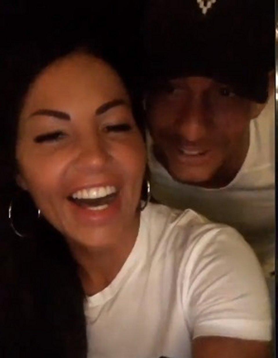 Eliana Michelazzo su Instagram presenta il suo fidanzato