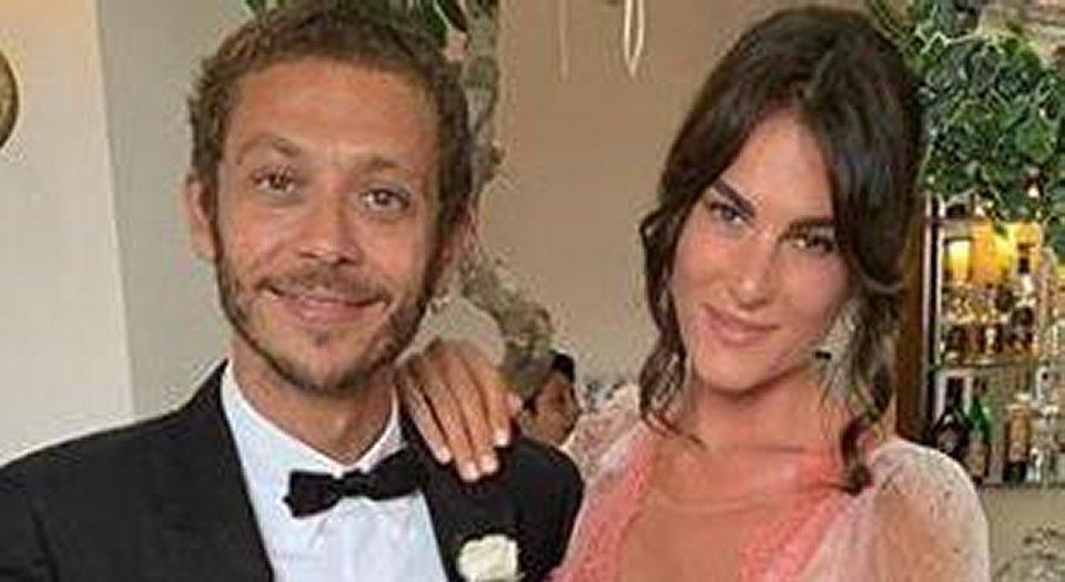 Valentino Rossi sogna di avere dei figli dalla sua compagna Francesca Sofia Novello