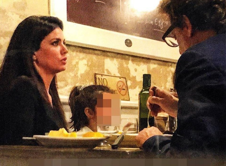 Leonardo Pieraccioni e Laura Torrisi paparazzati a cena insieme