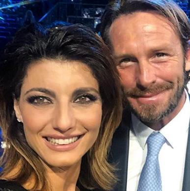 Samanta Togni  annuncia le nozze con il chirurgo Mario Russo