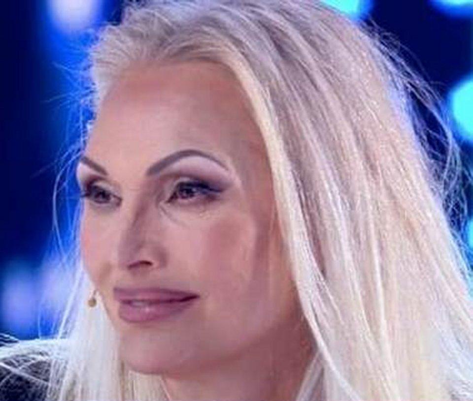 Anna Oxa in tv svela sono nella blacklist della Rai