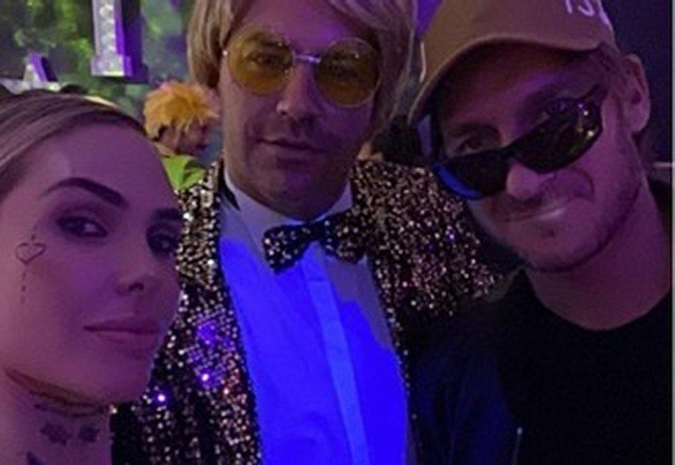 Ilary Blasi con la tuta di Achille Lauro alla festa di compleanno della sorella