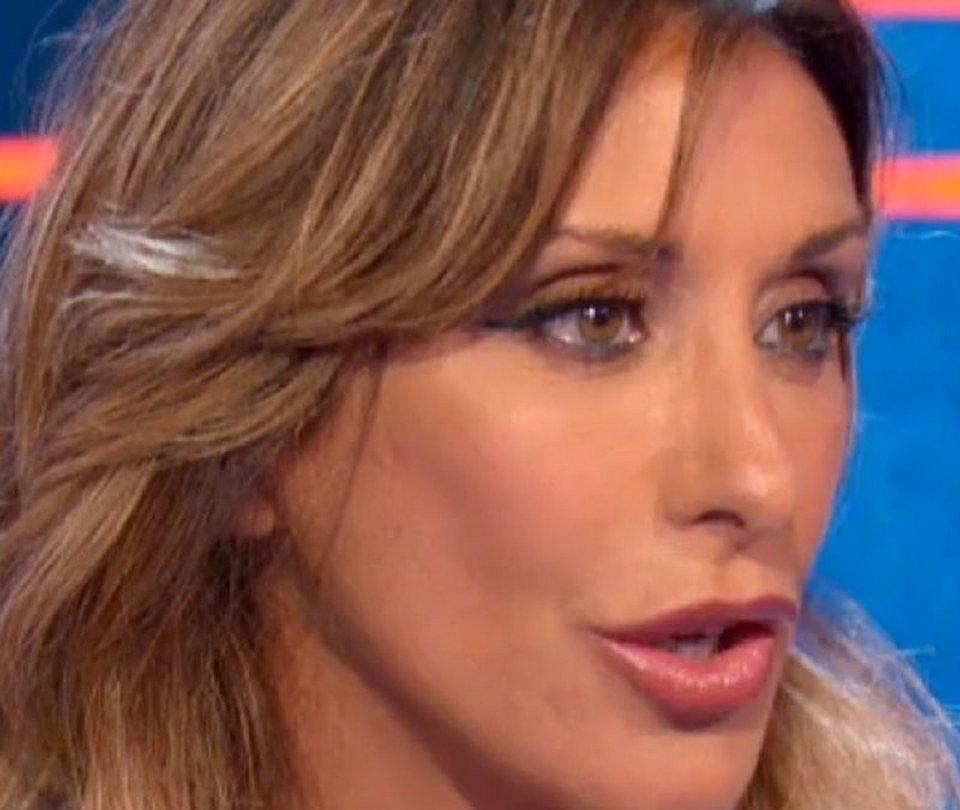 Sabrina Salerno in difesa delle donne s'infuria a la Vita in diretta