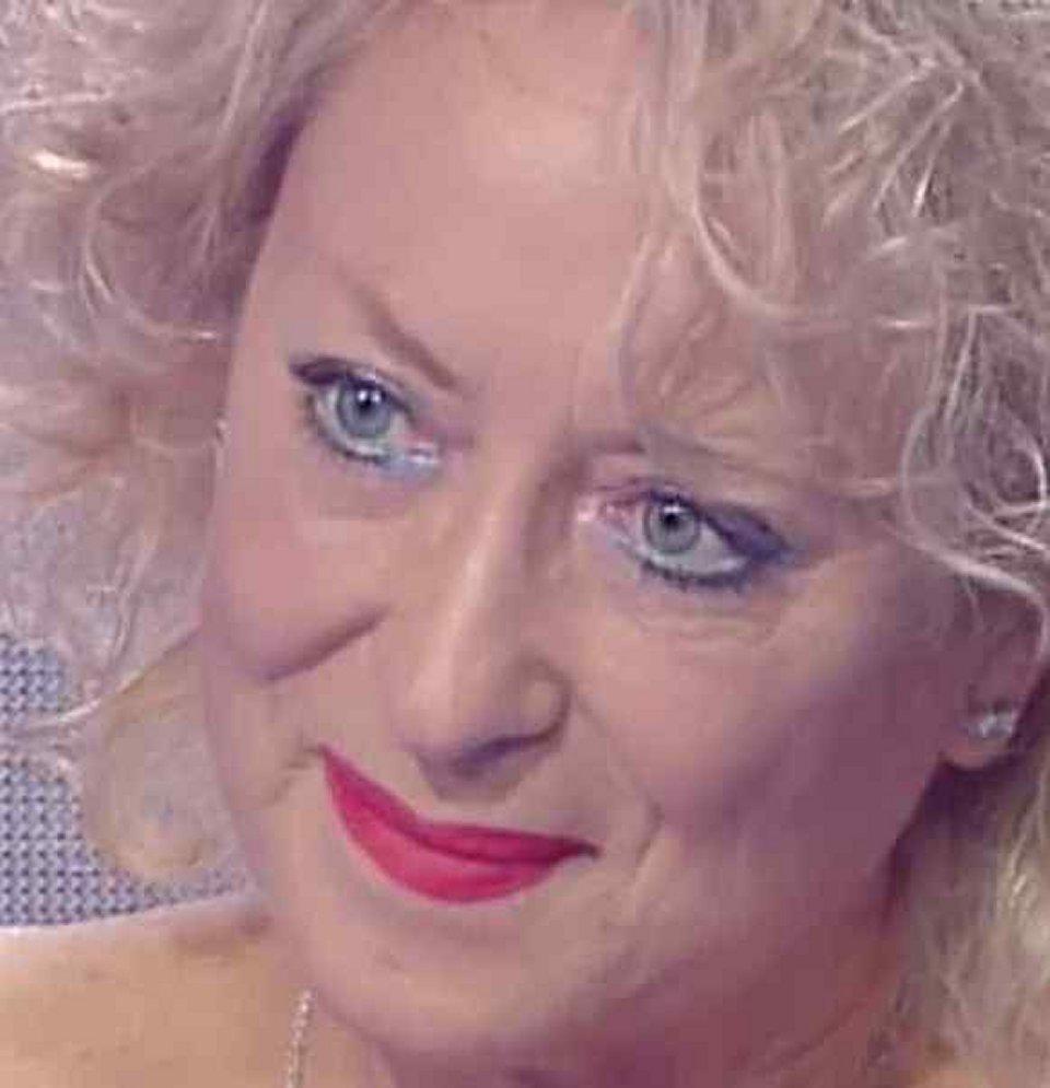 Carolyn Smith a Storie Italiane devo continuare con la terapia ancora non è finita
