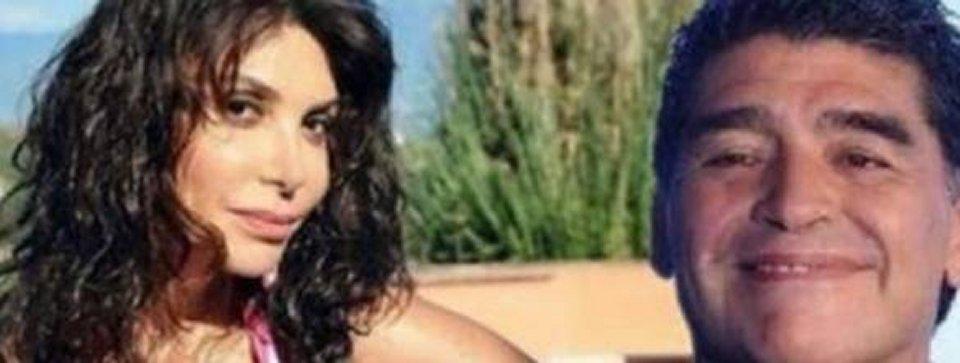 Carmen Di Pietro dopo il fotomontaggio con Maradona cancella il post dai social