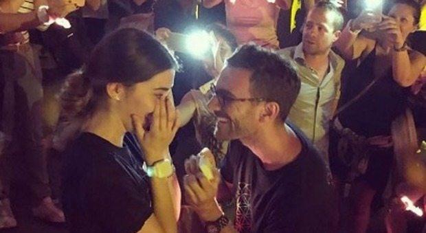"""Coldplay, al concerto """"scatta"""" la proposta di matrimonio: ecco su quale canzone"""