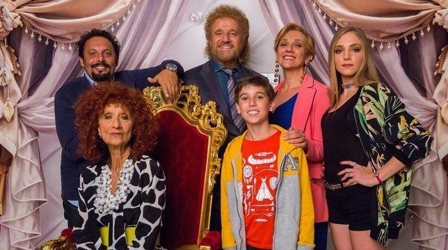 """Poveri ma ricchissimi, Warner scarica Fausto Brizzi: """"Il film in sala a Natale, ma il regista non ci sarà"""""""