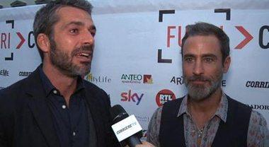 """Luca Argentero e Raz Degan inseparabili, Cristina Marino gelosa: """"Lo aspetta alzato tutte le notti"""""""