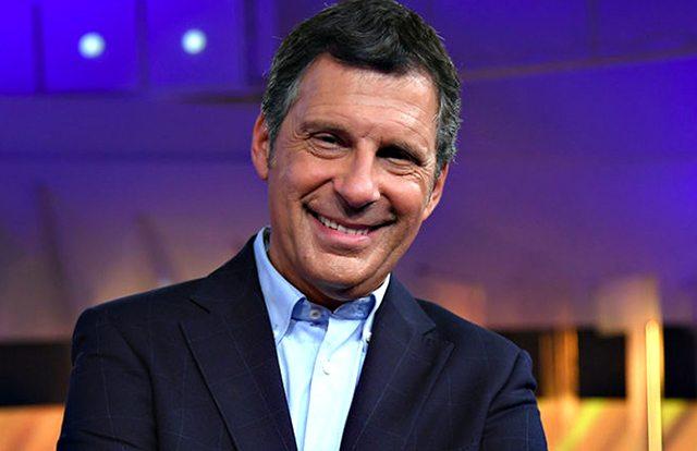 Fabrizio Frizzi torna a L'Eredità, puntata in staffetta con Conti: da domani di nuovo solo nella conduzione