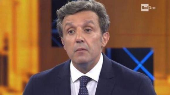 Nuova gaffe a L'Eredità: imbarazzo del concorrente per la domanda sulla suocera