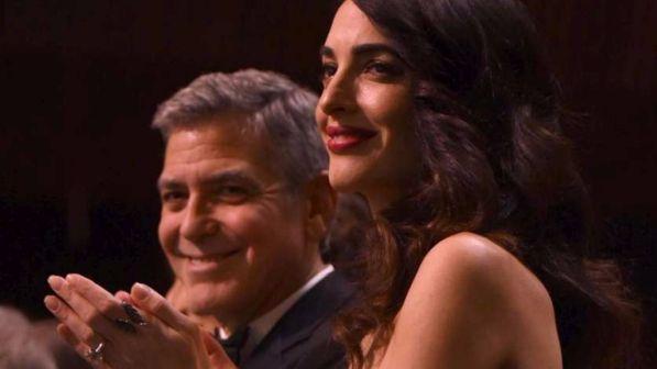 Amal Alamuddin sta per partorire, George Clooney