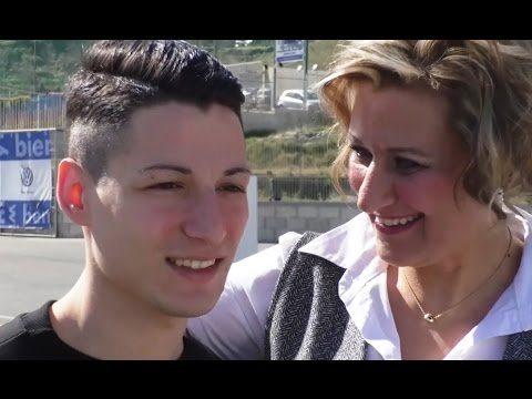 """'C'è posta per te', Cristian dalla De Filippi a Napoli: """"Il vostro amore è il dono più grande"""""""