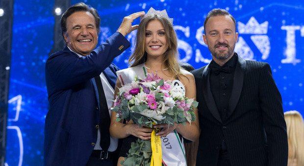 """Miss Italia 2017, Alice Rachele è la nuova reginetta: """"E ora penso al mio futuro"""""""