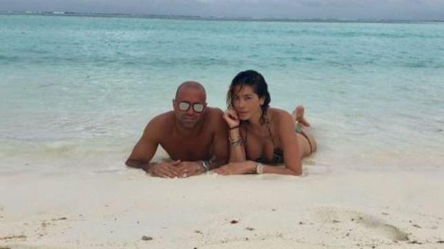 Aida Yespica, vacanze d'amore con Matteo