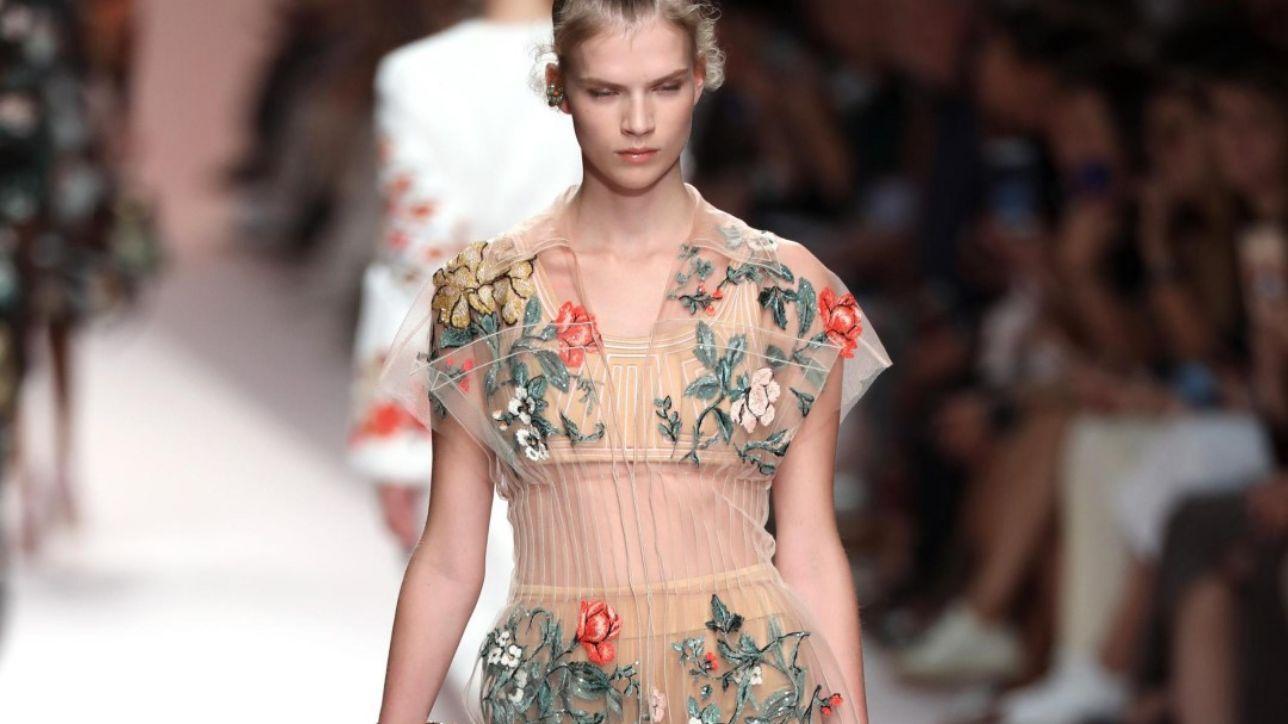 Moda: la primavera-estate di Fendi tra geometrie e fiori