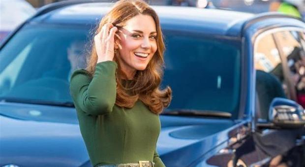 Kate Middleton incinta? Stupisce la scelta d'abito: ecco il significato speciale del look della duchessa