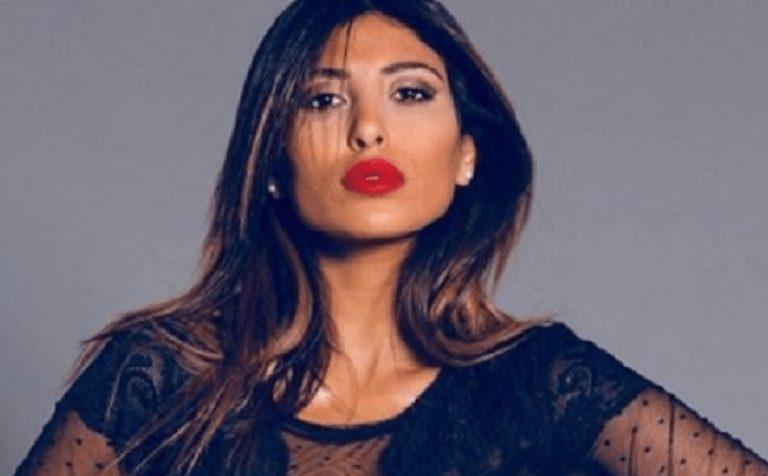 Mila Suarez: «Alex Belli mi costrinse a rifarmi seno e naso, oggi voglio tornare come ero prima»