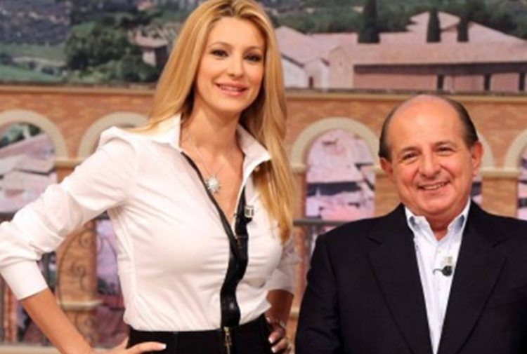I Fatti Vostri: Magalli si scusa con Adriana Volpe, lei accetta a metà