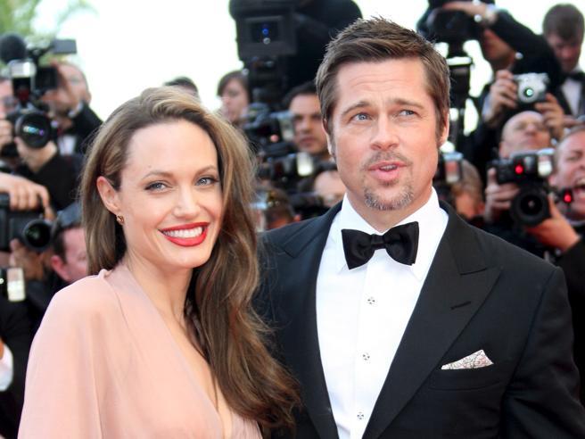 """Angelina Jolie ci ripensa, stop al divorzio. """"Brad si è disintossicato"""""""