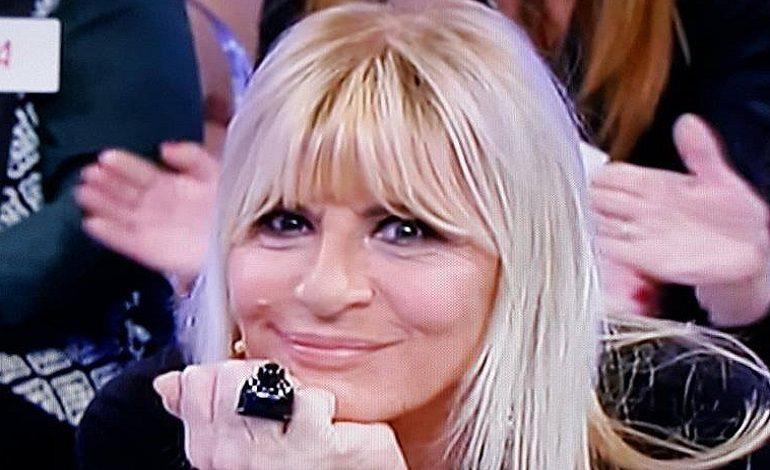 "U&D, Gemma Galgani senza parole: Tina Cipollari arriva in studio e le ""regala"" un gigolò"