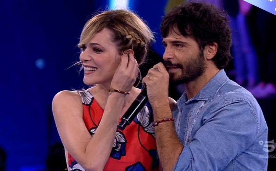 Marco Bocci in lacrime ad Amici per la sorpresa di Laura Chiatti: «E' un colpo basso»