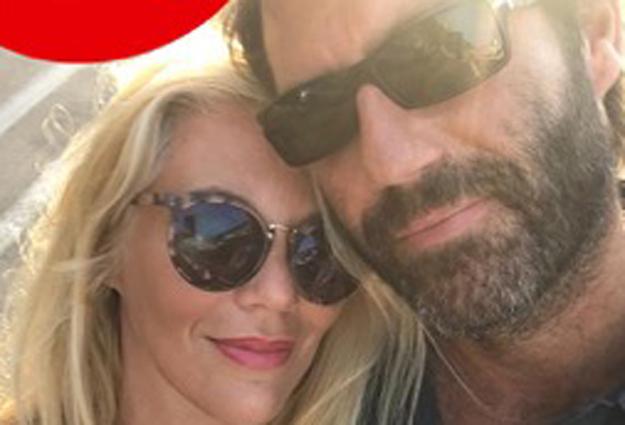 Eleonora Daniele annuncia le nozze: «Dopo quindici di fidanzamento mi sposo». Ecco chi è il marito
