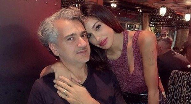 Belen, il padre Gustavo fuori controllo a Milano: «Urla e lancia oggetti dal balcone»