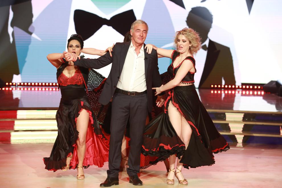 Giletti a Ballando con le Stelle, ritorno in Rai con sorpresa: «Sono Mark Caltagirone». L'appello a Barbara D'Urso