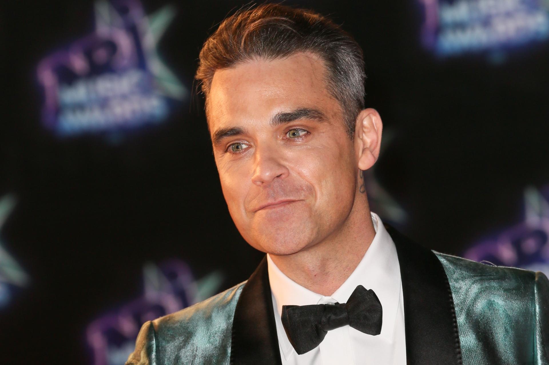 Robbie Williams papà per la quarta volta, è nato Beau Benedict Enthoven. Secondo figlio da madre surrogata