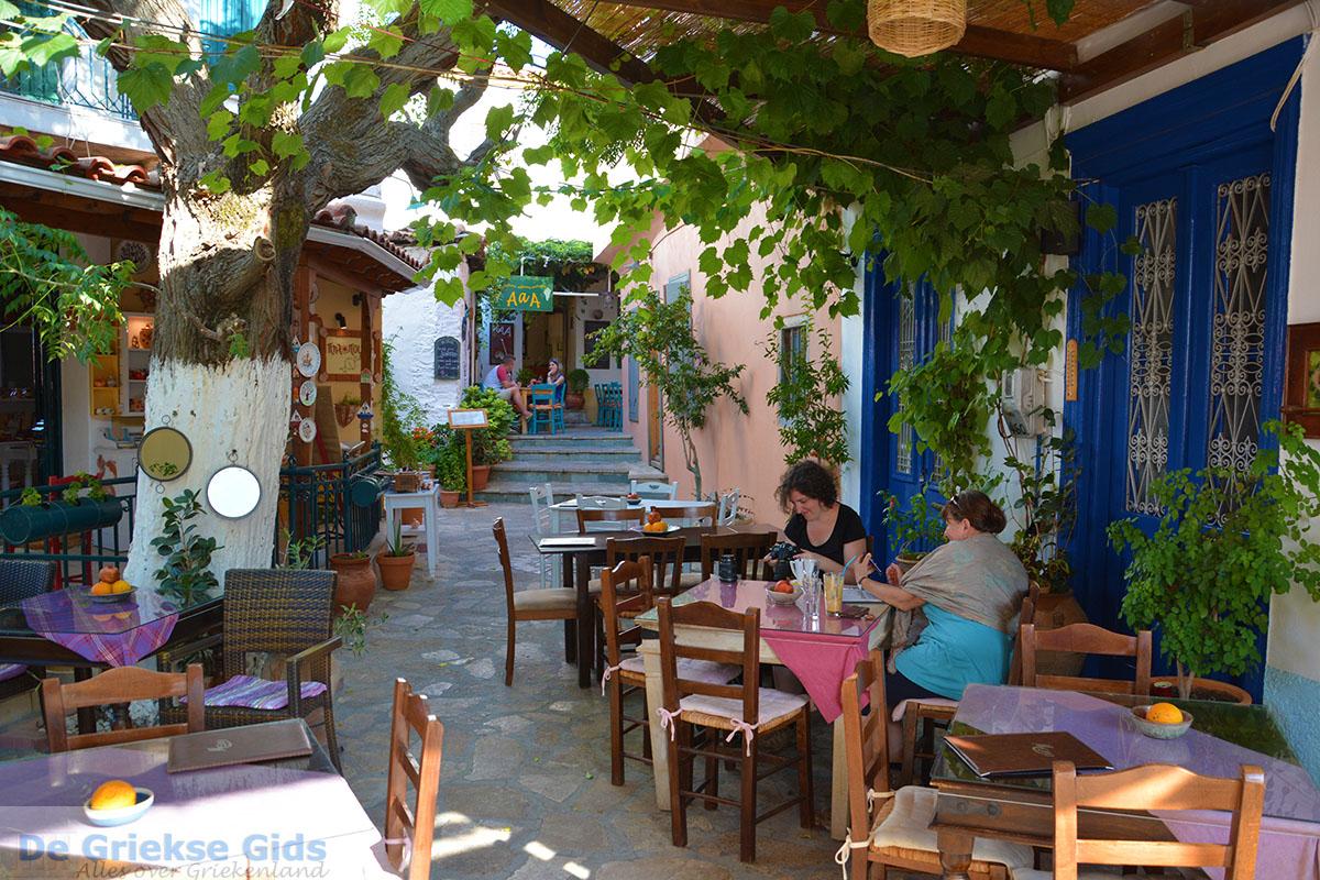 Gita a Manolates, Grecia