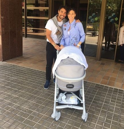 Flavia Pennetta e Fabio Fognini a casa col figlio Federico: