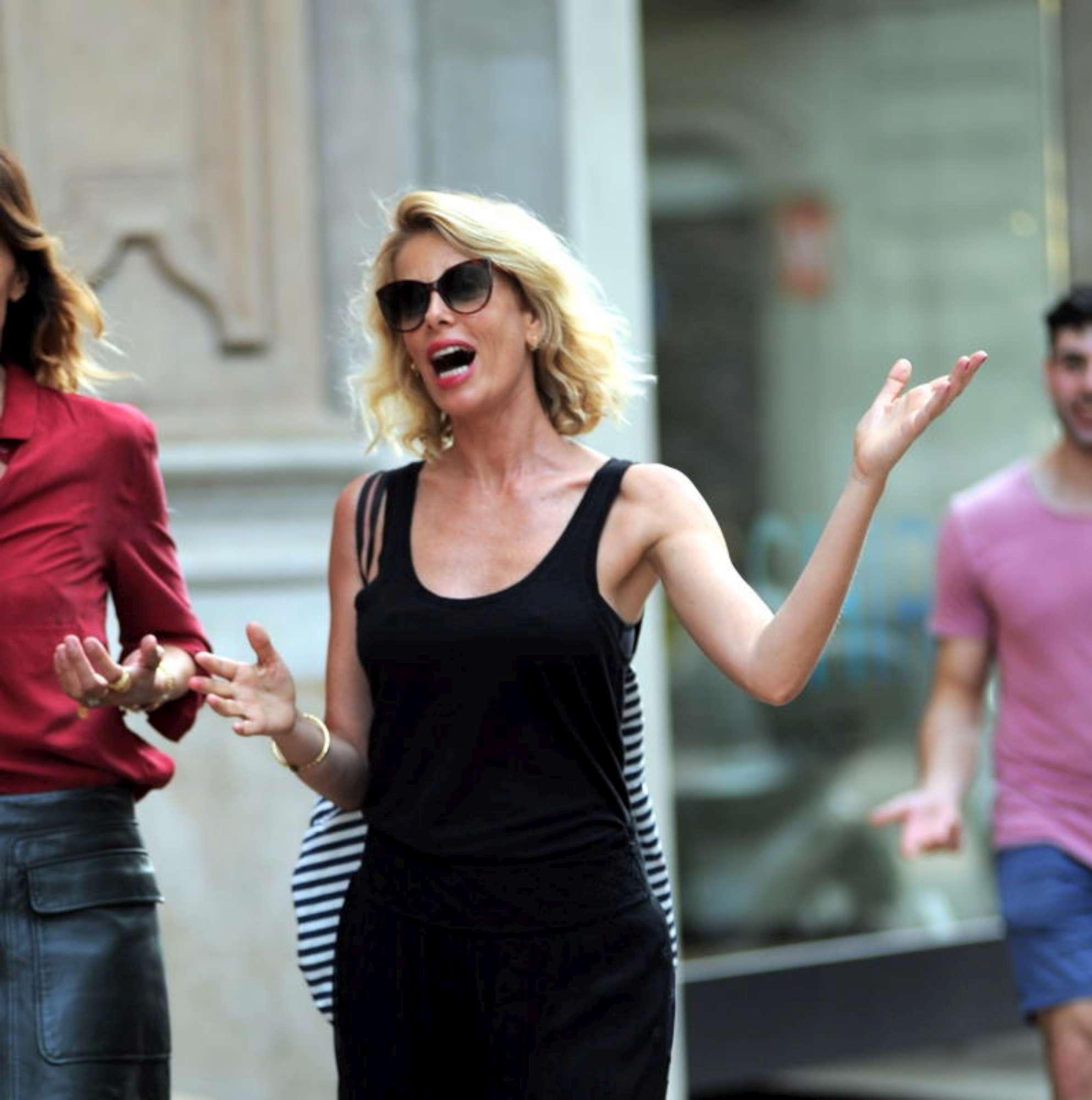 Alessia Marcuzzi, toccata e fuga a Milano con la Grillo
