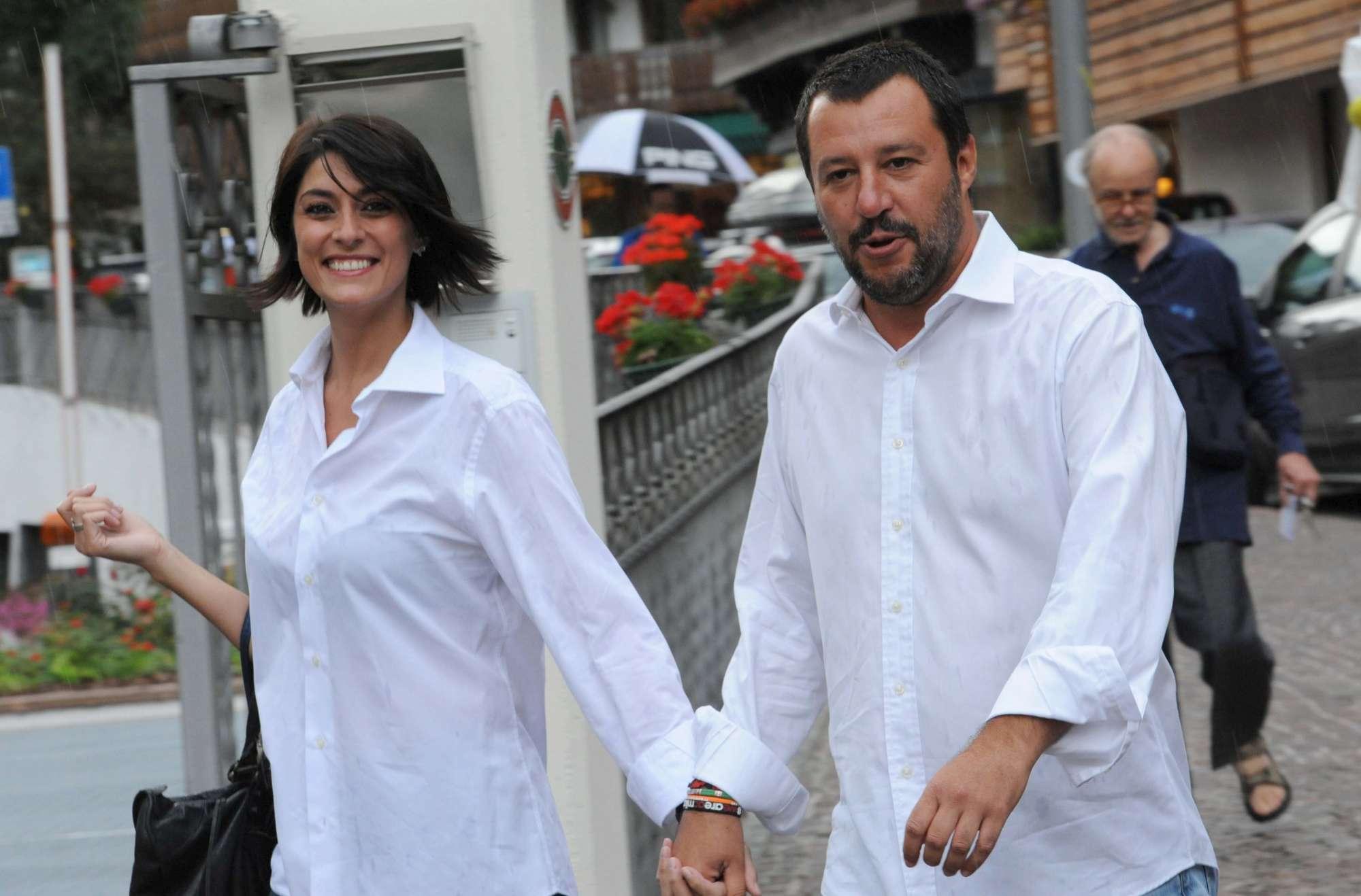 Matteo Salvini ed Elisa Isoardi mano nella mano a Cortina