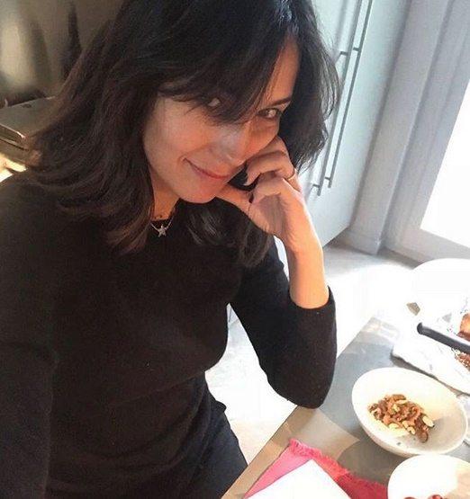 Caterina Balivo, la foto struccata e una domanda ai fan. Le reazioni inaspettate