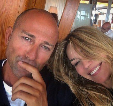 Ilary Blasi momento d'oro, il Gf Vip si allunga. Bettarini e Casalegno: nasce l'amore?