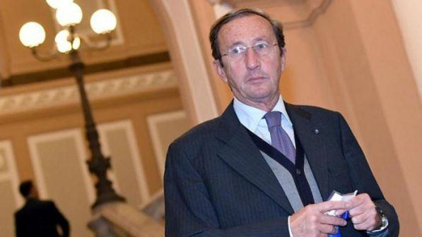 Riciclaggio, sequestrato un milione di euro a Gianfranco Fini