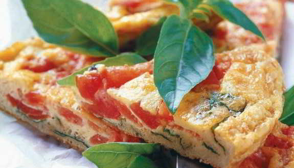 Frittata con pomodori e mozzarella