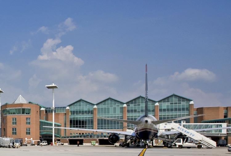 Aumentano i passeggeri all'aeroporto di Venezia per il 2015