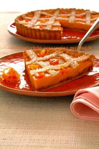 Torta di carote con arancia e amaretti