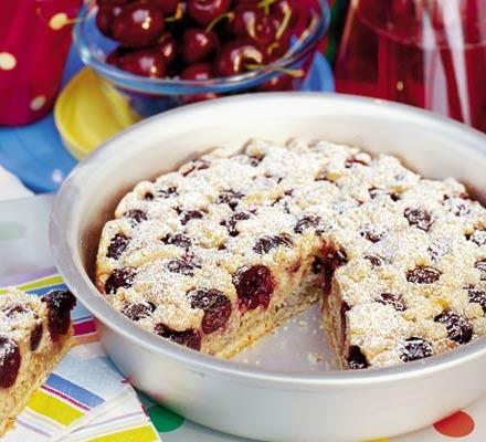 Torta di ciliegie, ricetta estiva e facile