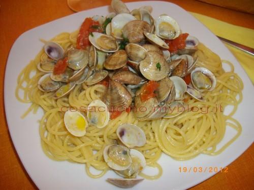 Spaghetti con le vongole (piccolo trucco...la farina)